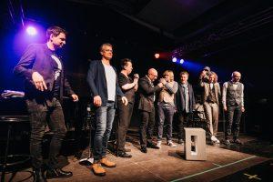 """Die Prinzen mit demHOMMBRU Team und Lautsprecher """"Anton"""""""